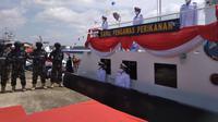 Menteri Kelautan dan Perikanan Wahyu Sakti Trenggono meresmikan 2 Kapal Patroli pada Selasa (9/3) di Pangkalan PSDKP Batam (dok: Ajang)