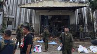 Susana pasca ledakan bom di Gereja Katolik Jolo, Filipina Selatan, Minggu (27/1). Sedikitnya 27 orang tewas dan 57 orang lainnya mengalami luka akibat dua bom meledak di dalam gereja dan tempat parkir. (Angkatan Bersenjata Filipina/HO/AFP)