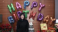 Maia Estianty rayakan ulang tahunnya yang ke-41 tahun di kediamannya di kawasan Pejaten, Jakarta Selatan (27/1/2017). (Herman Zakharia/Liputan6)