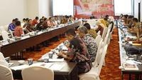 Gerakan Nasional Revolusi Mental (GNRM) yang dicanangkan oleh Pemerintah telah dilakukan oleh berbagai provinsi di Indonesia melalui aksi nyata.