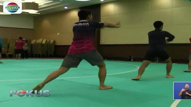 Untuk pertama kalinya cabang olahraga pencak silat dipertandingkan di Asian Games seni, kekuatan, dan keindahan.