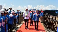 Menteri Perhubungan (Menhub) Budi Karya Sumadi dan Direktur Utama PT Pertamina Nicke Widyawati di Jawa Timur. Dok Kemenhub