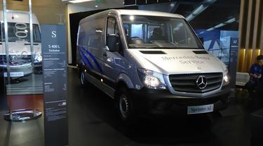 Mercy Goda Penglaju Ibukota dengan Minibus Premium Sprinter