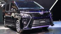 Toyota Voxy resmi menggantikan Nav1 di Indonesia. (Foto: Herdi Muhardi)