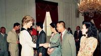 Prabowo Subianto saat bersalaman dengan Putri Diana. (dok.Instagram @prabowo/https://www.instagram.com/p/BskeC_ZAEiy/Henry