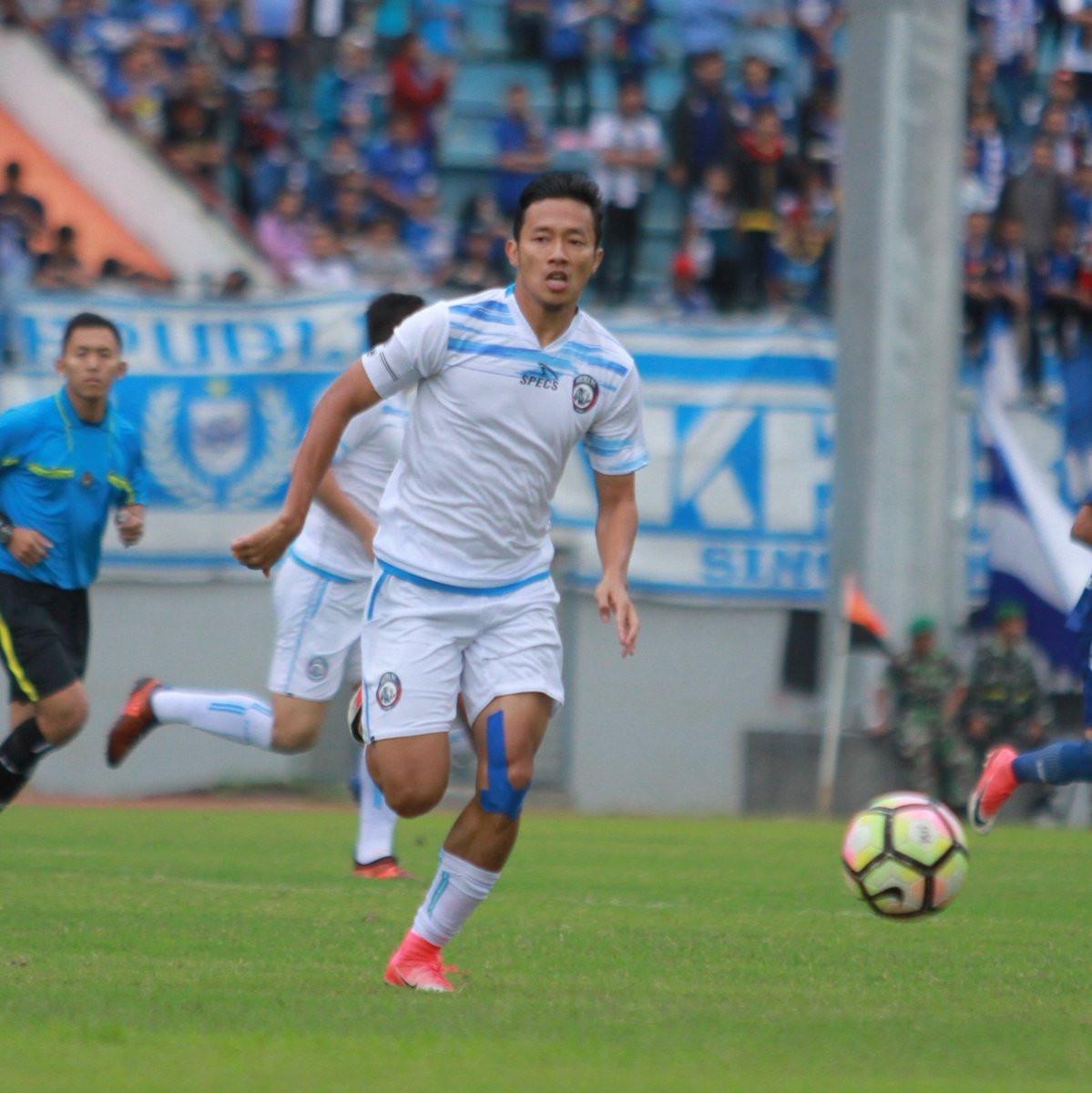 Arema FC menjadikan Dendi Santoso sebagai kapten tim. (twitter.com/aremafcofficial)
