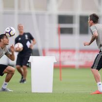 Cristiano Ronaldo saat berlatih dengan Juventus. (Twitter/Mario Madzukic)