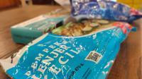 Pempek Palembang kemasan frozen yang sudah mengantongi izin edar Makanan Dalam Negeri (MD) dari BPOM (Liputan6.com / Nefri Inge)