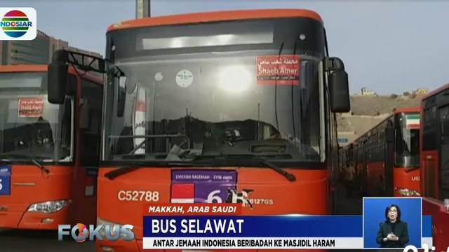 Bus Salawat merupakan pelayanan transportasi bagi jemaaah calon haji yang akan menunaikan shalat di Masjidil Haram.