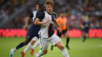 3. Matthijs de Ligt (Juventus/Belanda) - Bek. (AFP/Roslan Rahman)