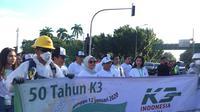 Perayaan emas Keselamatan dan Kesehatan Kerja (K3) di Pintu Barat Daya Monas, Jakarta Pusat, Minggu (12/1/2020).Liputan6.com