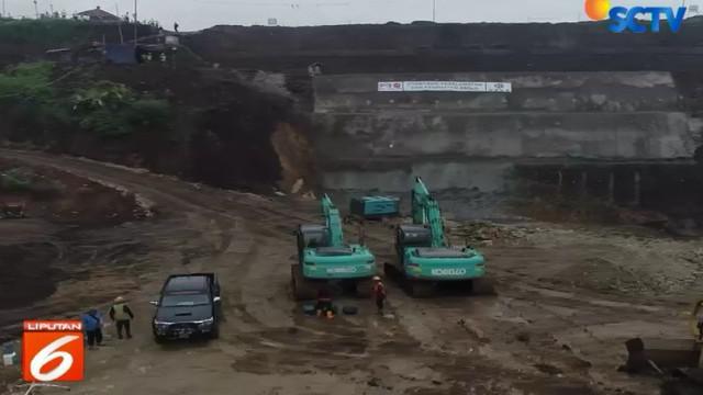Dua terowongan yang dibuat masing-masing memiliki panjang 230 meter. Jika sudah berfungsi, diharapkan bisa menjadi solusi bagi warga Bandung yang kerap menjadi langganan banjir.