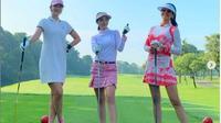 Farah Quinn Bermain Golf. (dok.Instagram @aryntanu/https://www.instagram.com/p/CGjWuWTB9mK/Hery)