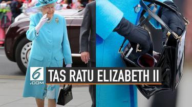 Ratu Elizabeth II tak pernah lepas dari tas kesayangan ketika bepergian. Tas keluaran Launer ini sudah menemani selama 60 tahun.