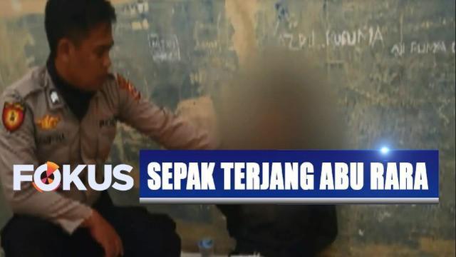 Kepala Biro Penerangan Masyarakat Polri Brigjen Dedi Prasetyo menyatakan, kedua pelaku diduga kuat terpapar paham radikal yang berafiliasi dengan ISIS.