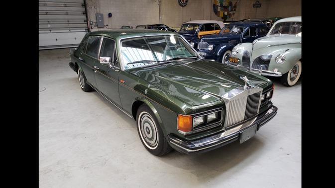 Armored 1987 Rolls-Royce Silver Spur ini pernah ditumpangi Putri Diana. Dok: Bring a Trailer