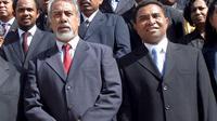PM baru Timor Leste, Rui Araujo bersama pendahulunya, Xanana Gusmau (observado)