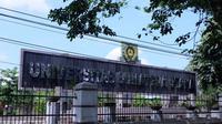 Para petinggi USU tersebut dalam keadaan sehat. Hanya Wakil Rektor 1 USU yang menjalani perawatan di Rumah Sakit Columbia Asia, Kota Medan.