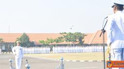Citizen6, Surabaya: Panglima TNI Laksamana TNI Agus Suhartono, lewat amantnya mengucapkan Dirgahayu RI ke - 67 dan Selamat Hari Raya Idul Fitri 1433 Hijriah, mohon maaf lahir dan bathin. (Pengirim: Penkobangdikal)