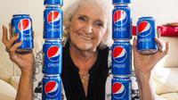 Sepanjang hidupnya, nenek buyut satu ini hanya mengonsumsi minuman kaleng bersoda setiap hari sejak masih berusia 13 tahun.