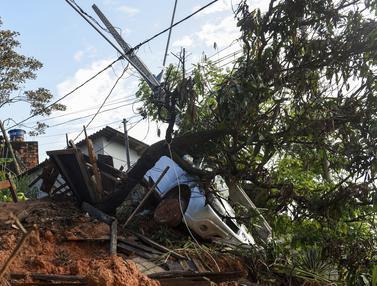 50 Orang Tewas Akibat Banjir dan Longsor di Brasil