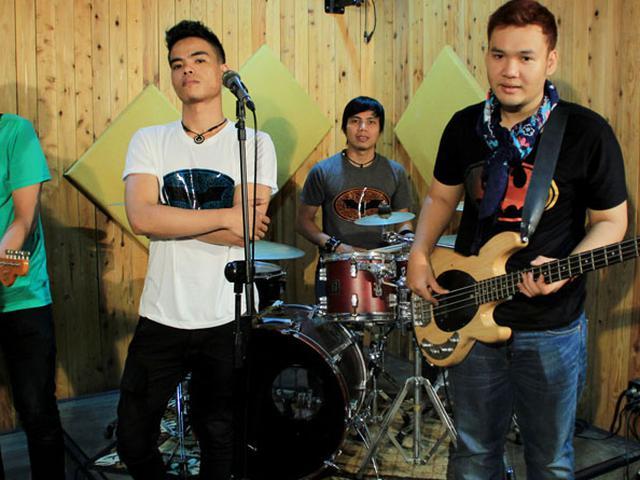 Intip Video Klip Betmen Galau dari Iztambul Band - ShowBiz