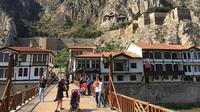 Bukan hanya Cappadocia, inilah berbagai tempat yang wajib kamu datengin saat liburan ke Turki. (Foto: Imgur)