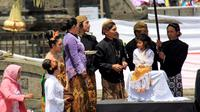 Ada 15 raja beserta permaisuri nusantara bakal hadir dalam gelaran Dieng Culture Festival 2017. (Liputan6.com/Muhamad Ridlo)