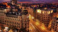 Spanyol memiliki deretan bangunan megah nan bersejarah sangat cocok bagi kamu para pecinta fotografi dan travelling.
