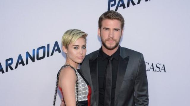 [Bintang] Miley Cyrus - Liam Hemsworth