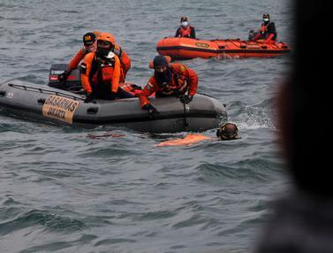 SAR Gabungan Terus Cari Korban dan Serpihan Pesawat Sriwijaya Air SJ 182