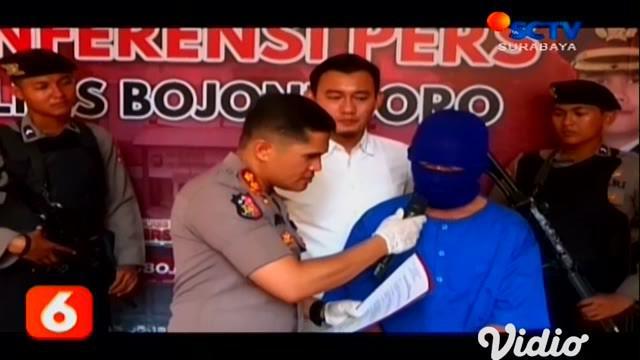 Tergiur ingin mendapatkan uang dengan cara mudah, justru menjadi korban penipuan. Seorang pria diamankan Satreskrim Polres Bojonegoro.