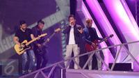 Band Noah memeriahkan konser Gempita 2017 yang digelar di Pantai Karnaval Ancol, Jakarta, Jumat (31/12). Ariel dkk memang telah menjadi langganan tampil dalam konser-konser yang diadakan SCTV. (Liputan6.com/Angga Yuniar)