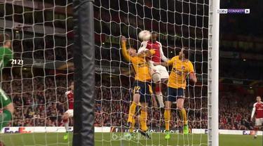 Arsenal gagal memanfaatkan posisi sebagai tuan rumah saat bermain imbang 1-1 melawan Atletico Madrid yang hanya bermain 10 orang sejak menit ke-10 di leg pertama semifinal Liga Europa.   Sime Vrsaljko membuat tim tamu kesulitan ketika dirinya hanya...