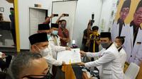 Akhyar Nasution-Salman Alfarisi jadi lakan menantu Presiden Jokowi di Pilwalkot Medan 2020.