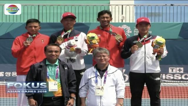Atlet soft tenis Indonesia, Alexander Elbert See berjuang sampai alami kram untuk kalahkan pemain Korea, Kim Jin Woong, di babak final.