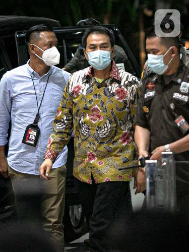 Wakil Ketua DPR Azis Syamsuddin Dijemput KPK
