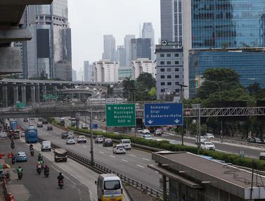 Tak Lagi Padat, Kini Ruas Jalan Jakarta Terlihat Lengang