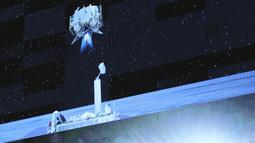 Foto Pusat Kendali Antariksa Beijing (Beijing Aerospace Control Center/BACC) pada 3 Desember 2020 ini menunjukkan wahana pendaki dari wahana antariksa Chang'e-5 meluncur dari permukaan Bulan. Chang'e-5 yang membawa sampel Bulan pertama China lepas landas dari Bulan pada (3/12). (Xinhua/Jin Liwang)