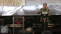 Presiden RI Joko Widodo saat membuka perdagangan saham 2016 Bursa Efek Indonesia, Jakarta, Senin (4/1). Berdasarkan keterbukaan BEI, Indeks Harga Saham Gabungan (IHSG) ditutup pada level 4.593,0 pada 30 Desember 2015. (Liputan6.com/Angga Yuniar)