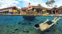 Karakter tempat wisata mata air Cikoromoy tidak berbeda jauh dengan Umbul Ponggok di Klaten.