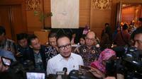 Antisipasi dampak revolusi industri dapat diantisipasi melalui transformasi pasar kerja Indonesia dengan mempertimbangkan perubahan iklim bisnis dan industri, perubahan jabatan dan kebutuhan ketrampilan.