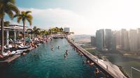 Infinity Pool Marina Bay Sands Hotel, Singapura. (Dok. Will Truettner/Unsplash)