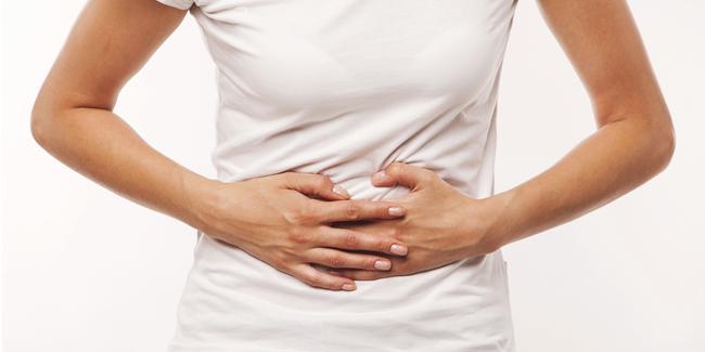 Rasa sakit melilit di perut karena alasan ini/ copyright Shutterstock.com