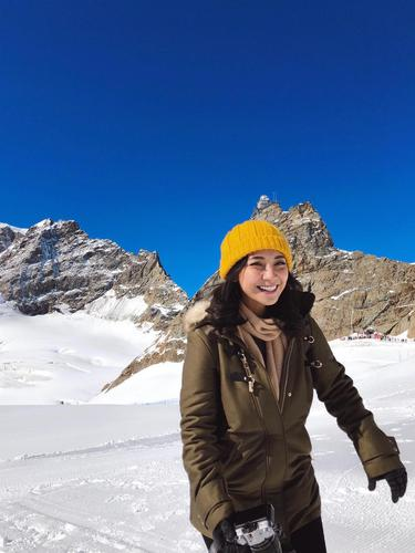 Hobi Traveling Dinda Kirana Ingin Coba Naik Gunung News Entertainment Fimela Com