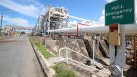 Selama ini, PKT membeli gas seharga US$ 6 dari perusahaan minyak dan gas lepas pantai guna memasok 5 pabrik produksi pupuk.(Liputan6.com/Abelda Gunawan)