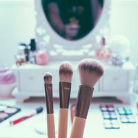 Ilustrasi makeup | unsplash.com/@jamie452