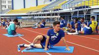 Kim Jeffrey Kurniawan saat berlatih bersama Persib Bandung, Sabtu (2/2/2019) di Bandung. (Bola.com/Erwin Snaz)