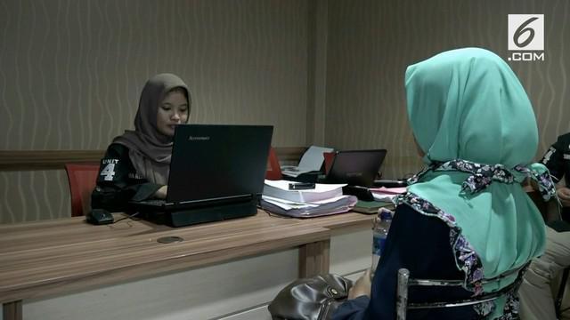 Polresta Depok memeriksa korban pelecehan seks begal payudara. selain diperiksa para korban juga divisum di RS Polri Kramatjati
