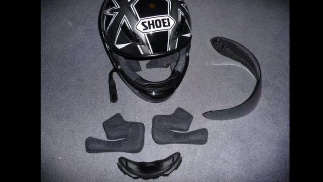 Cuci Helm Sepeda Motor